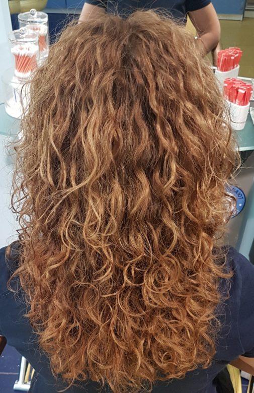 Завивка волос, вид сзади